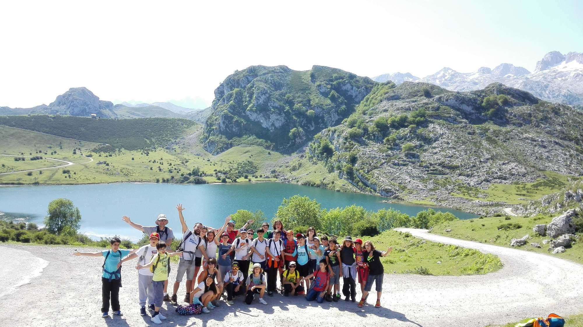Viaje fin de curso a Asturias con monitores 24 h