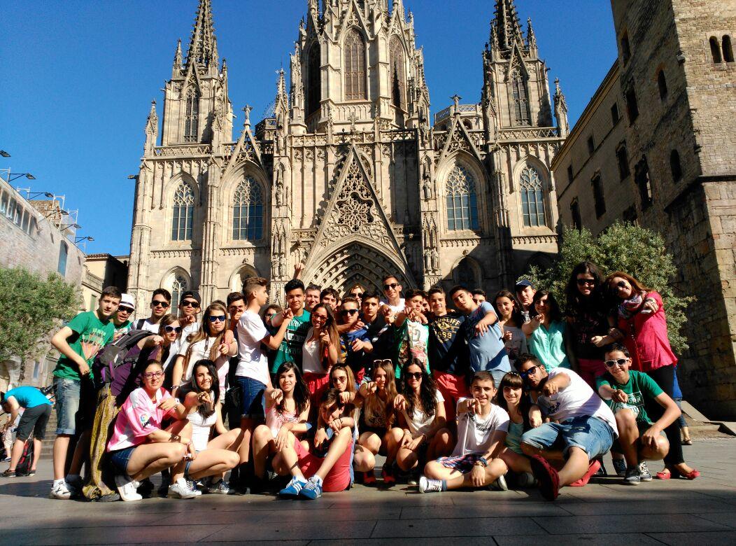 Viaje fin de curso a Barcelona con monitores 24 h